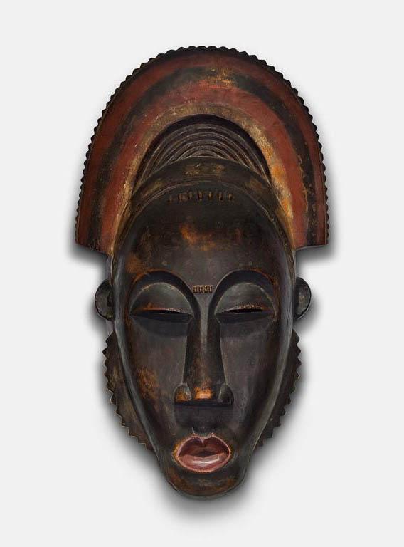 Portrait Face Mask (Mblo) with Crest